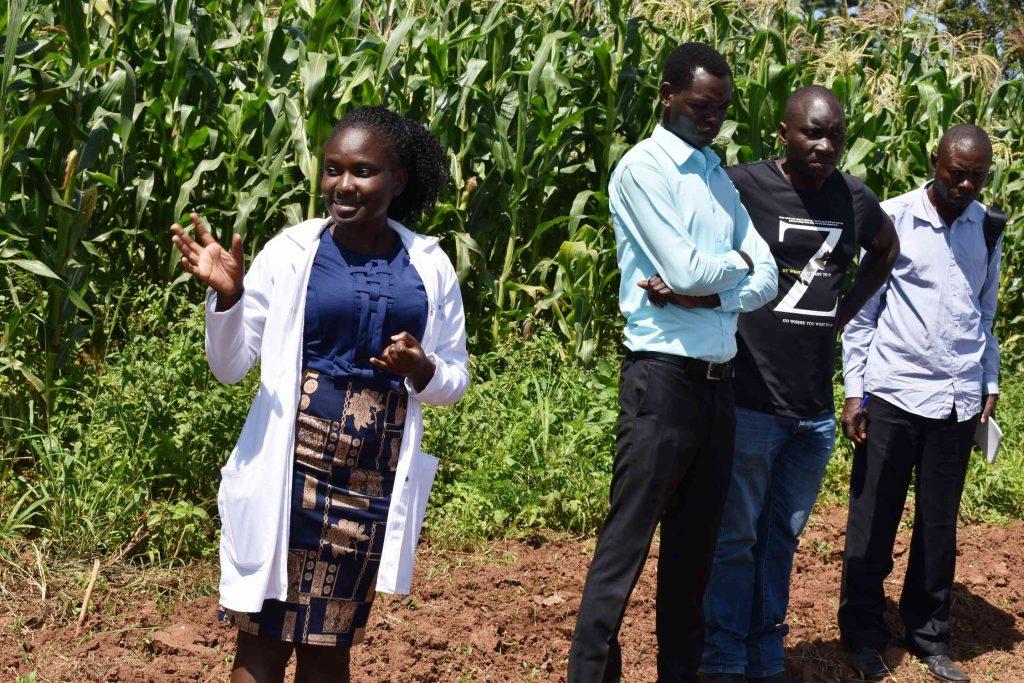 - One of the students Shamin Nassanga explaining the technology to farmers